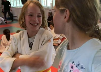 Bodenkampf Kinder Kampfsport Selbstverteidigung 10