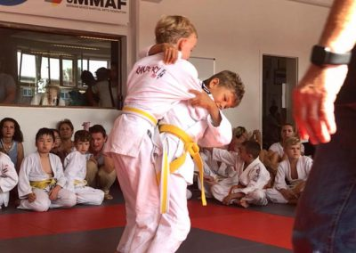 Bodenkampf-Kinder-Kampfsport-Selbstverteidigung-15