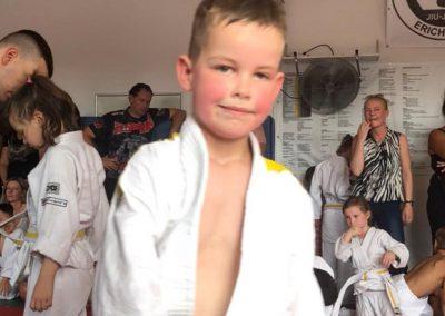 Bodenkampf-Kinder-Kampfsport-Selbstverteidigung-16